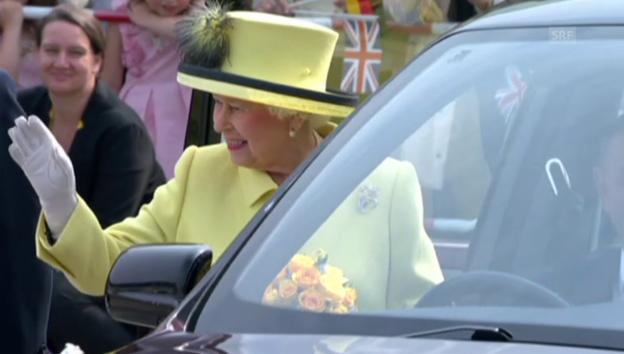 Video «Goodbye Queen Elizabeth: Mit dem Jet zurück Nachhause» abspielen