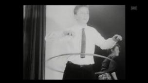 Video «Hula Hoop (1958)» abspielen