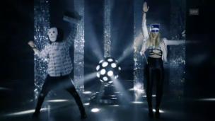 Video «Zibbz performen «Stones» in 7 verschiedenen Stilen» abspielen