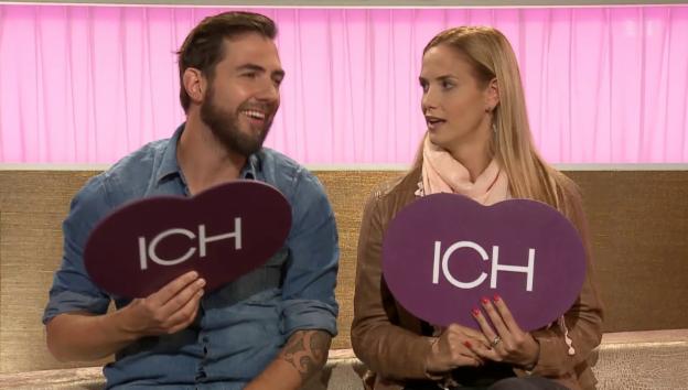 Video «Manu Burkart und Frau Michèle bei «Ich oder Du»» abspielen