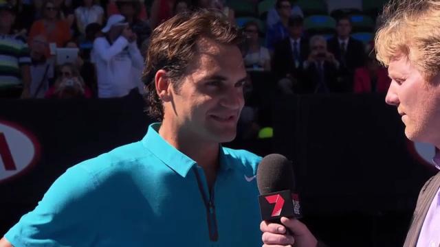 Roger Federer im Platzinterview mit Jim Courier