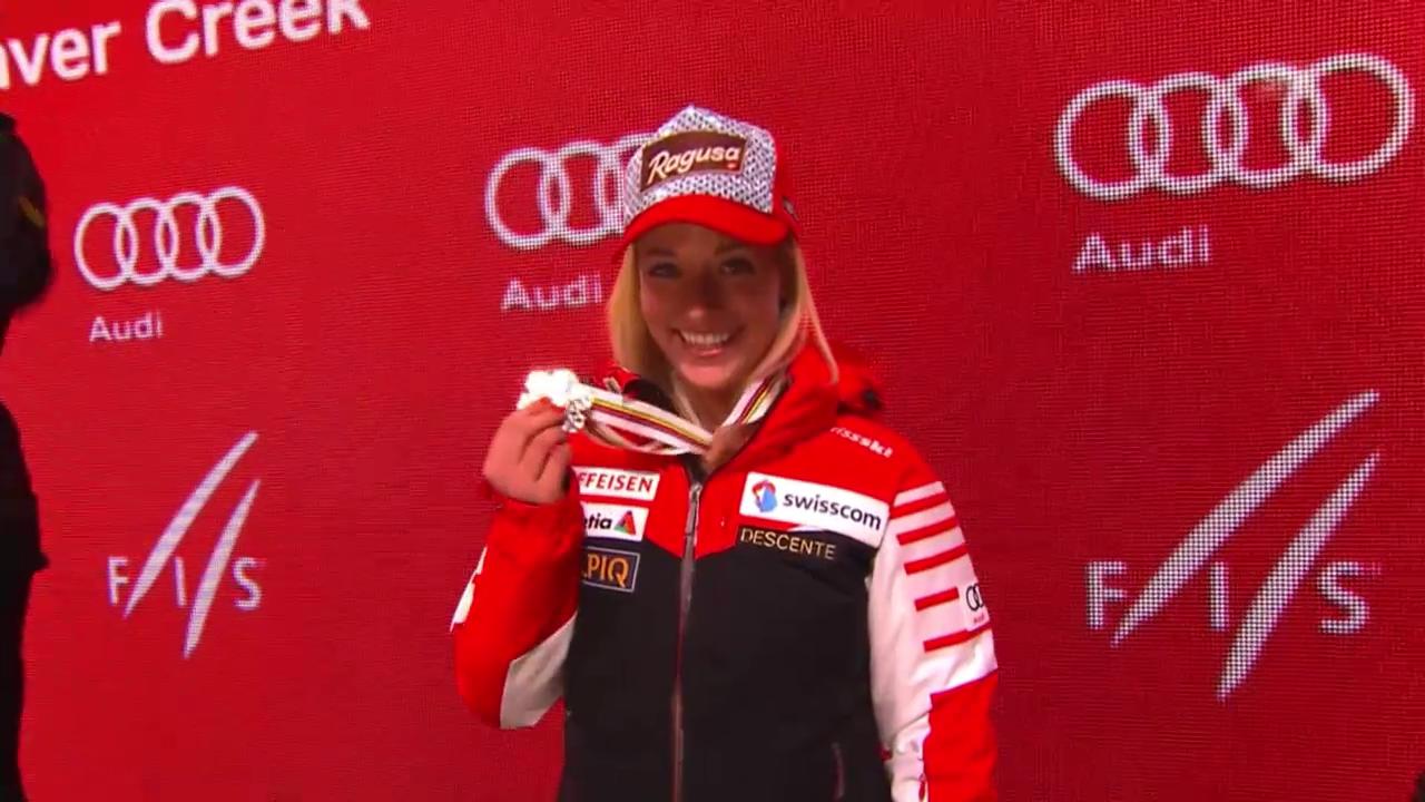 SKi alpin: WM 2015 in Vail/Beaver Creek, Siegerehrung der Frauen-Abfahrt mit Lara Gut als 3.