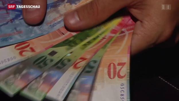 Video «Geringverdiener erhalten mehr Lohn» abspielen