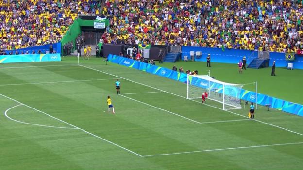 Video «Brasiliens Frauen verlieren im Penaltyschiessen» abspielen