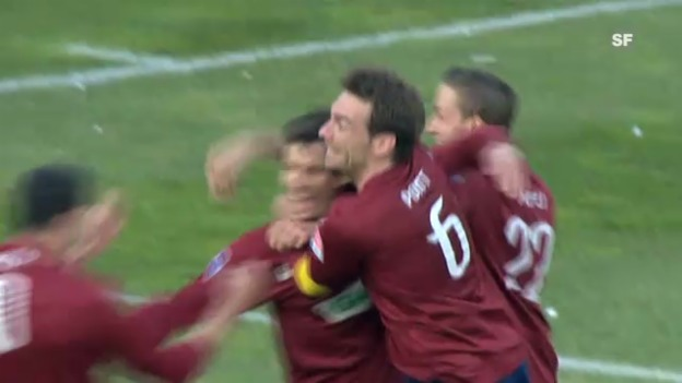 Video «Fussball: Julian Estebans letzter Treffer in der Super League (11.3.2012)» abspielen