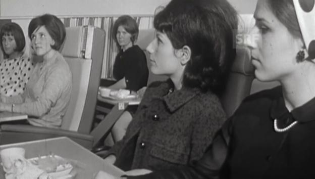 Video «Hostessen-Ausbildung 1966» abspielen