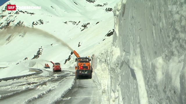 Schnee blockiert Gotthard-Pass