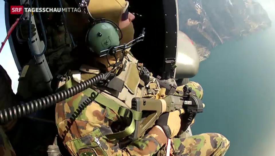 Helikopter mit Scharfschützen