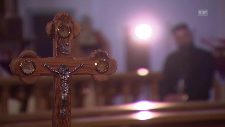 Priester erzählt von seiner Fluchthilfe