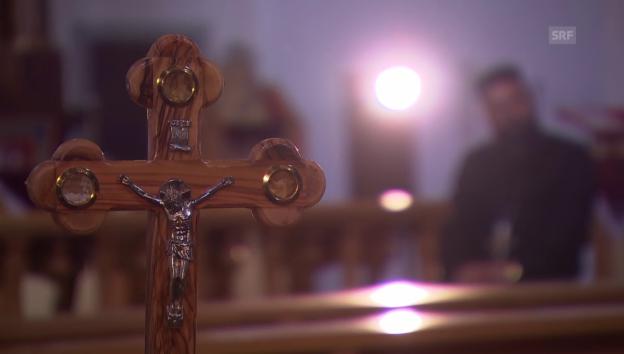 Video «Priester erzählt von seiner Fluchthilfe» abspielen