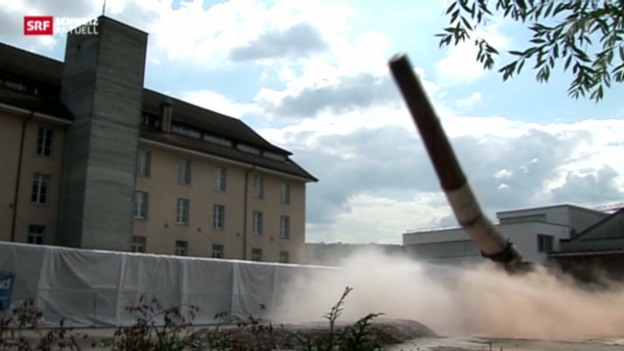 Video «Kaminsprengung in Bremgarten» abspielen