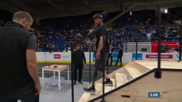 Video «Qualifikation: Beinprothesen-Parcours» abspielen