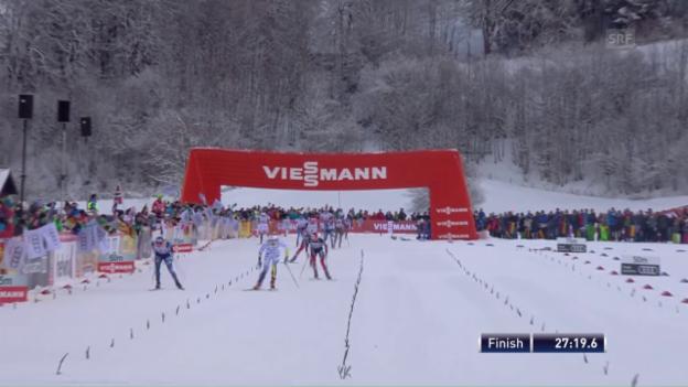 Video «Skiathlon der Frauen: Nilsson siegt vor Diggins» abspielen