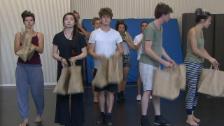 Video «Theaterschule & Theater in Verscio» abspielen