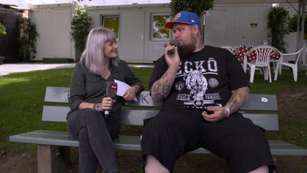 Video «Gurtenfestival 2017: Rag'n'Bone Man im Interview» abspielen