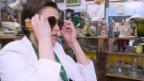 Video ««Miss Brocki»: Nina Burri mit knappem Rock und Budget» abspielen