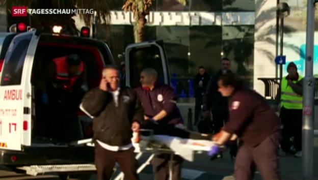 Video «Messerattacke in Bus» abspielen