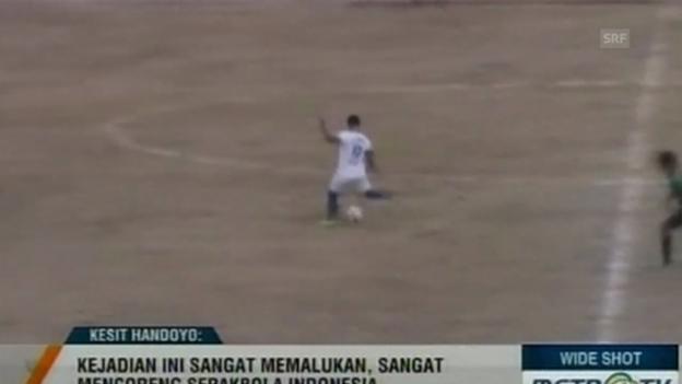 Video «Fussball: Indonesien, Eigentore» abspielen