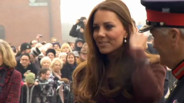 Herzogin Catherine besucht Grimsby (unkomm.)