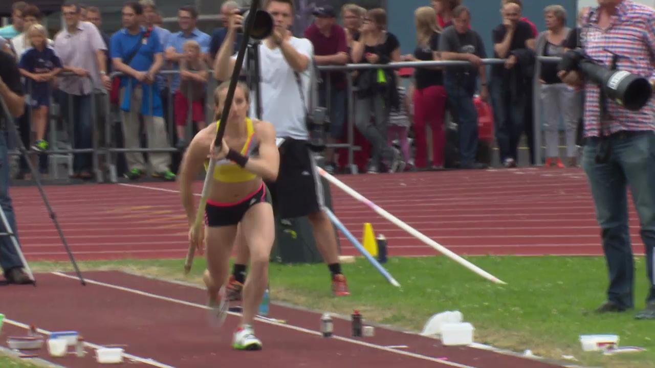 Nicole Büchler bei ihrem Schweizer Rekord letzten Sommer