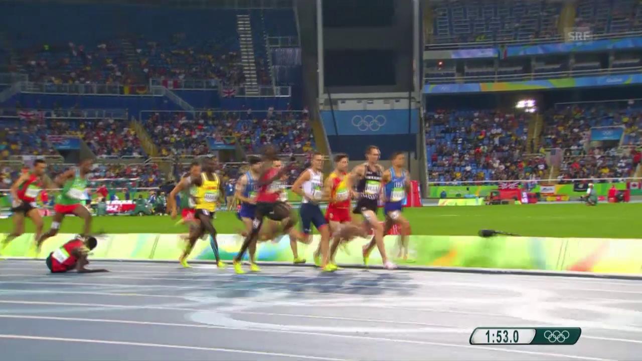 Sturz im 1500-m-Rennen der Männer