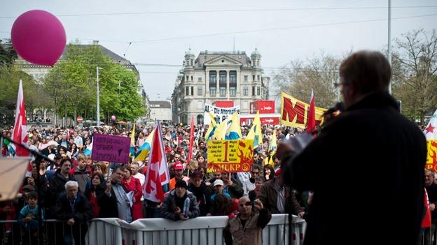 Mit Stadtrat André Odermatt am 1. Mai (Margrith Meier, 1.5.2013)