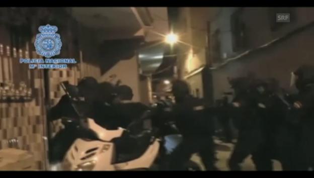 Video «Anti-Terroreinsatz in Spanien (ohne Ton)» abspielen