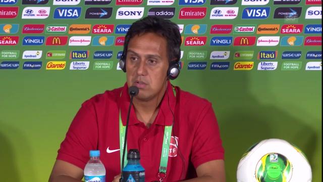 Medienkonferenz mit Haiti-Trainer Eddy Etaeta (französisch)