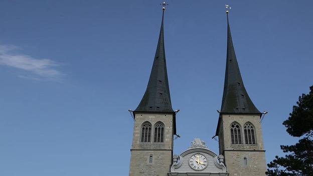 Glockengeläut der Stiftskirche St. Leodegar im Hof, Luzern