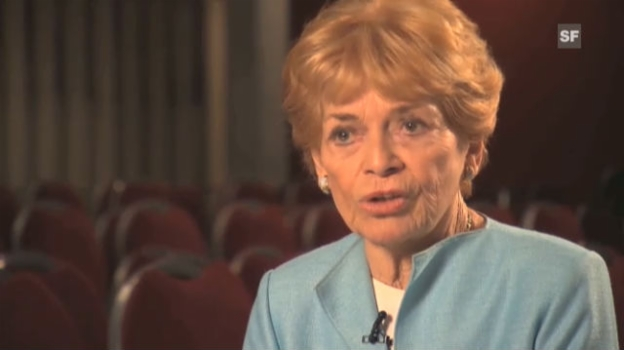 Video «Cover Me Outtakes: Sprachwunder Lys Assia» abspielen