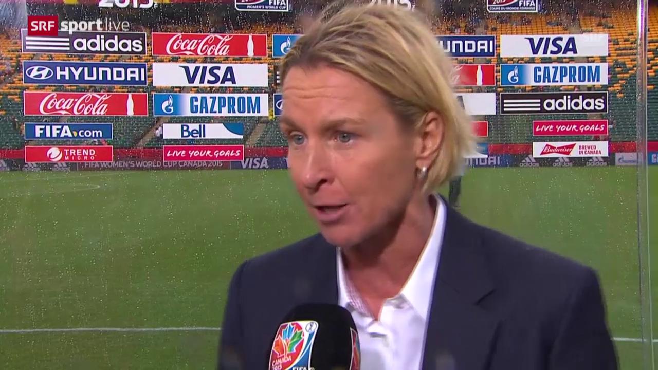 Fussball: Frauen WM in Kanada, Schweiz - Kamerun, Interview mit Voss-Tecklenburg