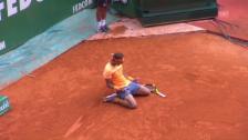 Video «Erfolgreiches Jubiläum: Nadal bezwingt Monfils (sntv)» abspielen