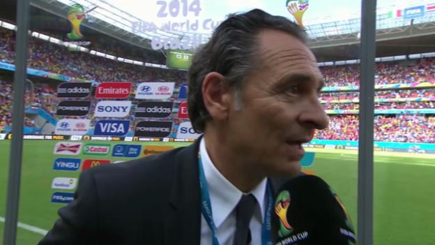 Video «Fazit von Italien-Trainer Cesare Prandelli» abspielen