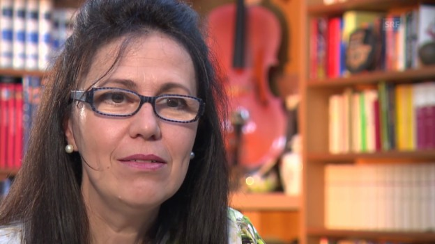 Video «Altistin Sara Mingardo über ihre Anfänge, Abbado und das KKL.» abspielen