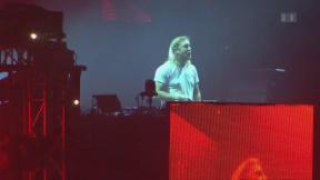 Video «David Guetta: Die DJ-Ikone wird 50» abspielen
