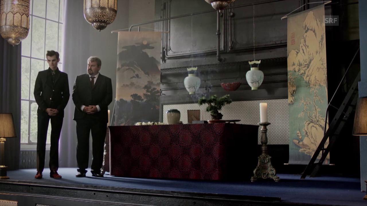 Ausschnitt aus «Der Bestatter», Folge «Fünf Minuten Glück».