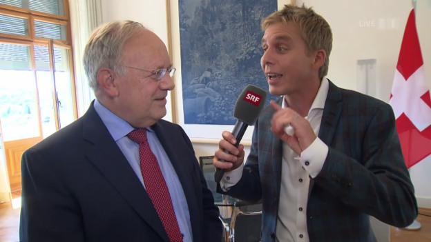 Video «Wettaufgabe für Johann Schneider-Ammann» abspielen