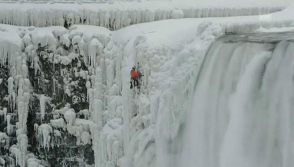 Eisklettern an den Niagara-Fällen