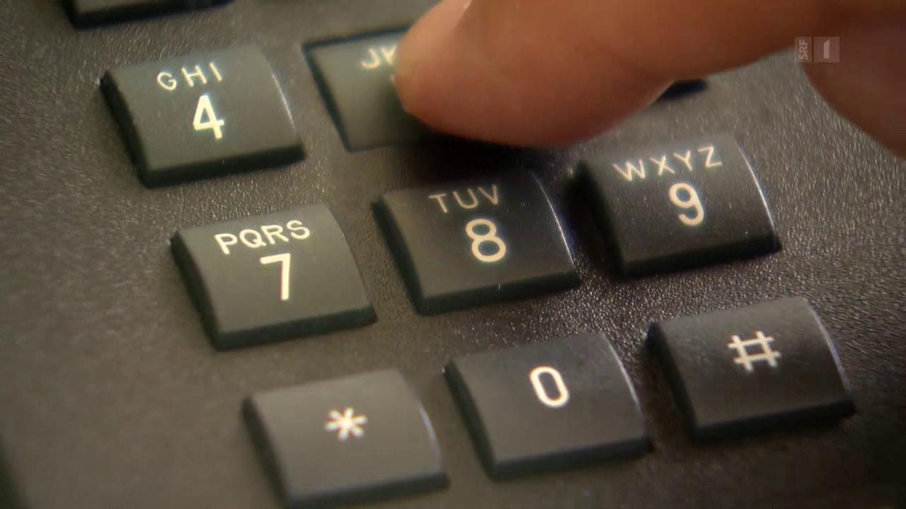 Abzocke am Telefon: Falsche Rechtsauskunft für teures Geld