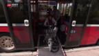 Video «Bushaltestellen nicht behindertengerecht» abspielen