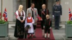 Video «Norwegische Königsfamilie am Nationalfeiertag» abspielen