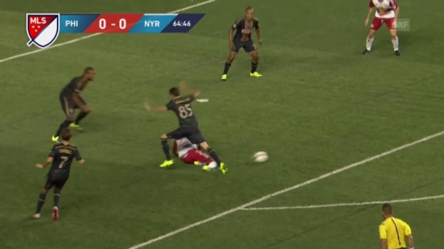 Video «Barnetta verschuldet Elfmeter» abspielen