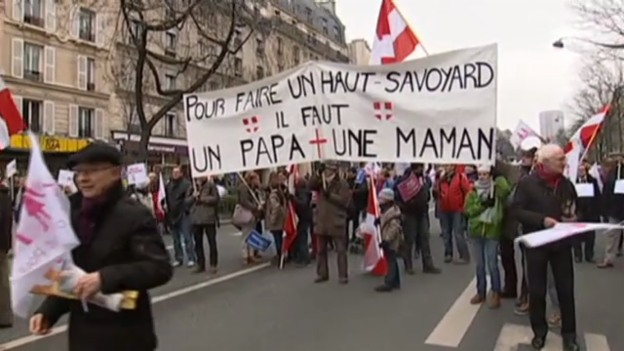 Video «Grossdemonstration in Paris (unkommentiert)» abspielen