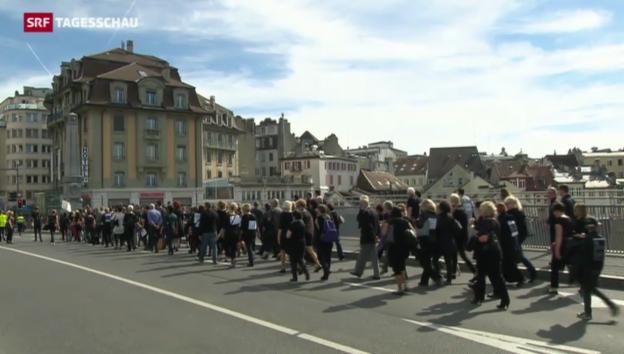 Video ««Marche noire» in Lausanne» abspielen