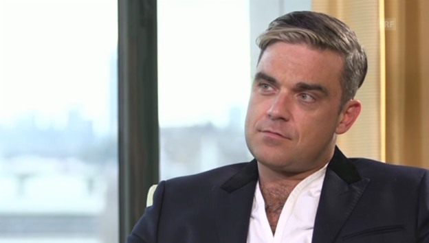 Video «Robbie Williams über sein Leben als Vater» abspielen