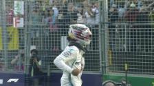 Link öffnet eine Lightbox. Video Pole für Hamilton vor den beiden Ferrari abspielen