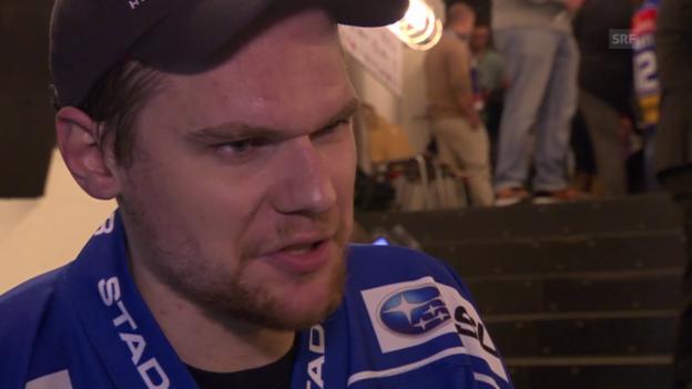 Video «Eishockey: Lukas Flüeler im Interview» abspielen
