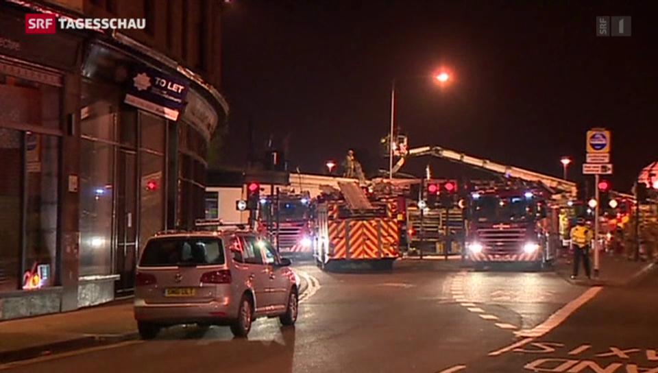 Helikopter der Polizei stürzt in Pub