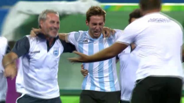 Video «Argentinien bejubelt 1. Olympia-Gold im Landhockey» abspielen