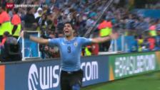 Video «Suàrez holt Sieg für Uruguay» abspielen